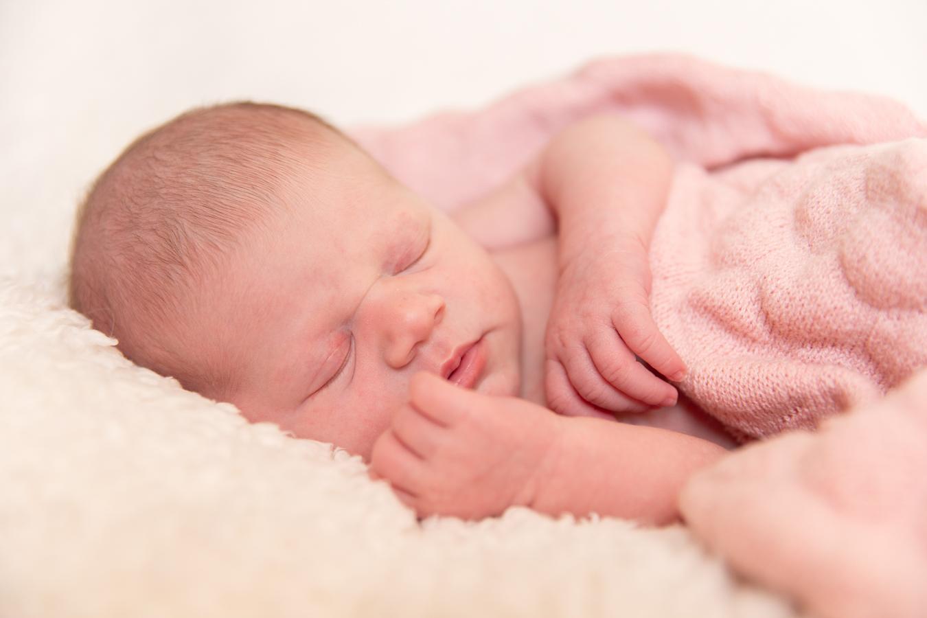 susanbonhoffotografie.newbornshoot.eerbeek-24.jpg